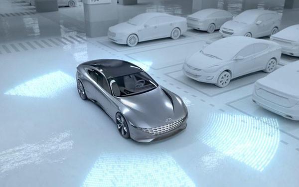 无线充电、自主泊车电动汽车概念图