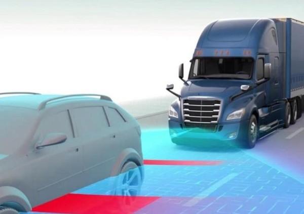 戴姆勒自动驾驶卡车Cascadia技术展示