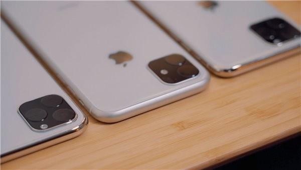 iPhone 11机模照片(图片来源网络)